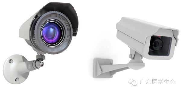 在厨房里安装监控摄像头,既让食堂内部运作更加透明,也体现了对我们